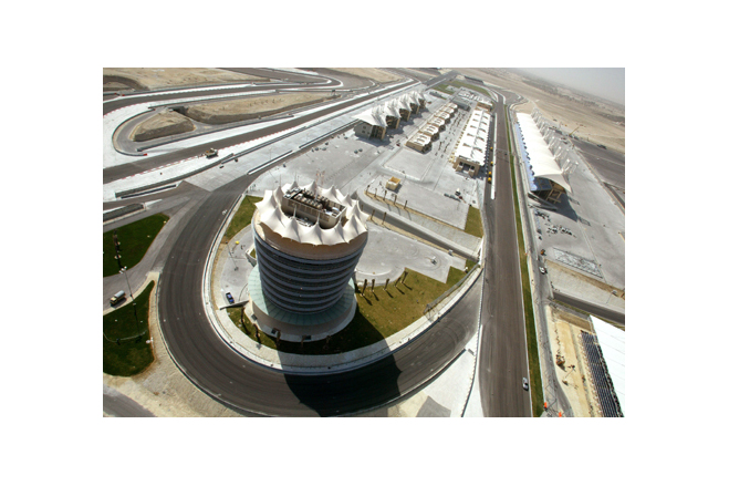 Bird eye view of the Bahrain International Racing Circuit with Dyneon™ PTFE coated roofs